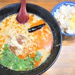 蔵元 - 料理写真:濃厚しびれ担々麺+鶏しょうがご飯