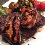 ドイーニョケンタローネ - 料理は常時90種以上。厳選した肉を使った豪快肉料理もあります