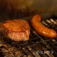 マルディ・グラ - 肉の巨匠が選び抜いた、極上の美味が並びます