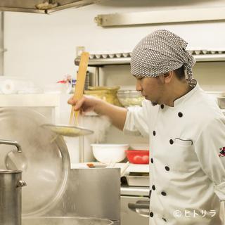 風味豊かな道南産の『昆布』が、清湯スープの味の決め手です