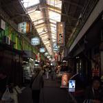 近江町食堂 - 市場内のアーケード