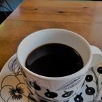 ミルコーヒー&スタンド - フレンチプレス ホット