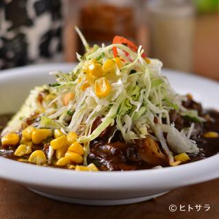 ヘルシーかつボリューム満点『豆と富良野野菜のカレー』