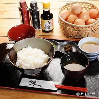 醤油も数種類。お好みの卵かけご飯を