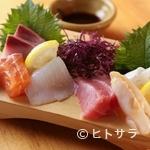 魚路 - 季節の魚介を余すところなく味わえる『造り三種盛り』