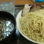 66010315 - かけつけ麺500円 大盛50円 チャーシュー200円