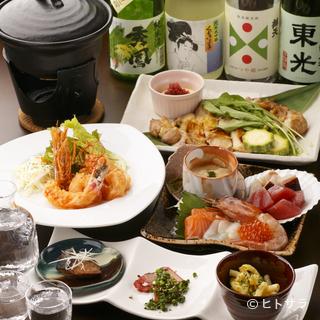 日本酒によく合う、工夫を凝らした料理がずらりとラインナップ