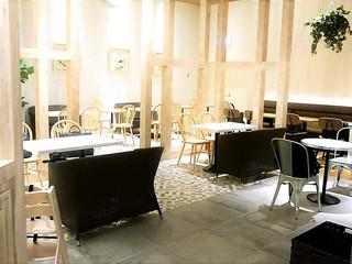 ベシャメルカフェ EXPOCITY