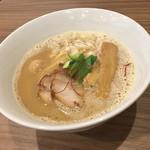 実垂穂 - 魚介豚骨らーめん 醤油