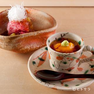 陶芸家がつくった目にも楽しいオリジナル食器が料理に彩りを