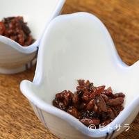 柳家 - 洗練された味が特徴の珍味『蜂の子』