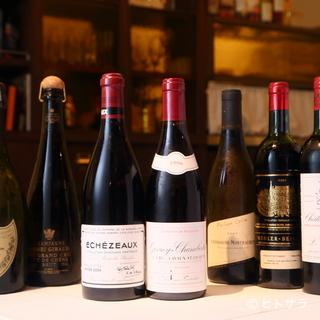 ブルゴーニュをはじめフランス全土から集めたワインを用意