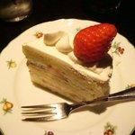 宮越屋珈琲 - とってもコンサバな正統派のショートケーキ♪