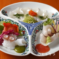 浪速割烹 喜川 - 驚きのソースで合わせる割鮮『真子鰈の薄造り 赤貝・明石蛸・烏賊 鮎並の焼霜つくり』