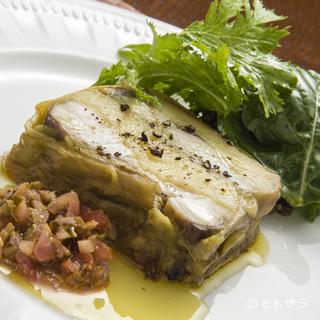 地元の新鮮な無農薬野菜や旬の魚介など、食材は超一流を誇る