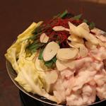 わらべ - もつ鍋 通がうなる牛ホルモンを使用した絶品鍋 ※要予約