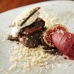 cenci - ドルチェ『イチジク、チョコレート、ゴルゴンゾーラ』