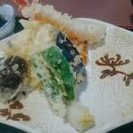 66051129 - 天ぷら定食の天ぷら