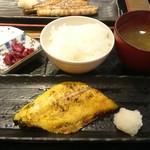 めしや 太治兵衛 - さわら西京焼き定食