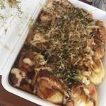 お食事処 丸まる - 料理写真:たこ焼き 12個500円税込