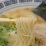 久留米ラーメン 清陽軒 イオンモール熊本店 - 麺の茹で加減は、『バリカタ・カタ・普通・ちょいやわ・やわ』からリクエスト出来ます。