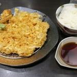 下町天丼 秋光 - かき揚げ天2,300円+ご飯200円