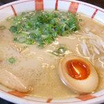博多麺王 - 料理写真:ラーメン