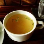 トトル - ランチのスープ。