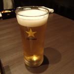 66068792 - ビールで乾杯です