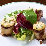レスプリ・ミタニ ア ゲタリ - ビストロ料理の定番『アン ドウイエットのロースト サラダ添え』