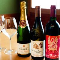 漣 - 魚料理や和食との相性を考慮した約20種のワインをオンリスト