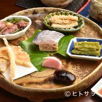 蕎麦恵土 - 季節を巡る、旬の食材を存分に愉しむ『前菜』