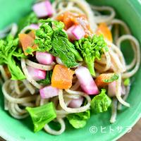 蕎麦恵土 - 野菜は自然栽培でつくられたもの多用し、手づくりにこだわる