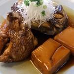 くろしお - 鯛のかぶと煮