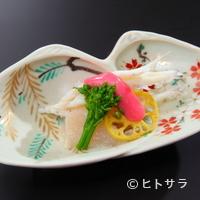 とよなか桜会 - まずはこだわりの「先付」から、季節を感じる一皿を堪能