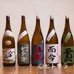 東白庵かりべ - 店主と同世代の杜氏が醸す、通好みの日本酒