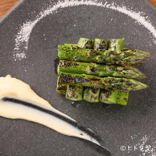 北海道はもちろん、全国から旬の新鮮な食材を毎日仕入れ