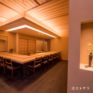 誕生日や記念日など特別な夜に堪能したい鮨屋のおまかせコース