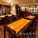 にんにくや - ウッディな空間でお酒を楽しむ、大人のための寛ぎ空間