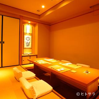 落ち着きある和の設えの個室も人気