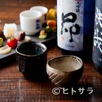 北野坂栄ゐ田 - 厳選された日本酒は、全国から集められた充実のラインナップ