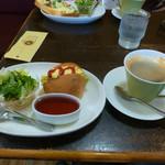 Le Biscuit - 料理写真:レギュラーブレンドコーヒーとモーニングサービス
