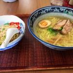 らー麺亭 - 料理写真:らーめんセット