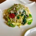 ララロカレ - 料理写真:シラスと青菜のペペロンチーノ(*^_^*)