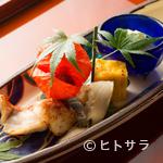 馳走なかむら - 目に鮮やかな季節の野菜や魚介類を多彩に盛り付けた『八寸』