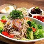 プラマイナ セカンド - サラダ蕎麦ランチ
