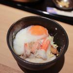 北陸 福井県敦賀港直送 海鮮びすとろ ますよね - 2杯目は名古屋コーチンの温玉と自然薯をかけて☆
