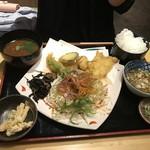 66094709 - 【日替わり】太刀魚&キスの天ぷら定食♪