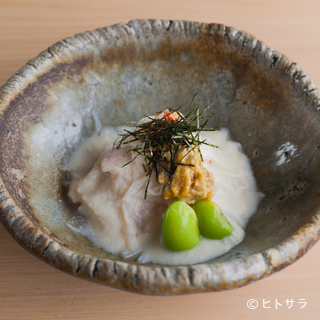 冷菜から温菜まで、日本酒とのペアリングも抜群の逸品を
