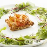 シャトン - 料理写真:八幡平サーモンのパイつつみ